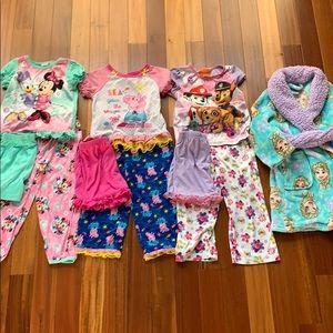 4T pajamas and bathrobe